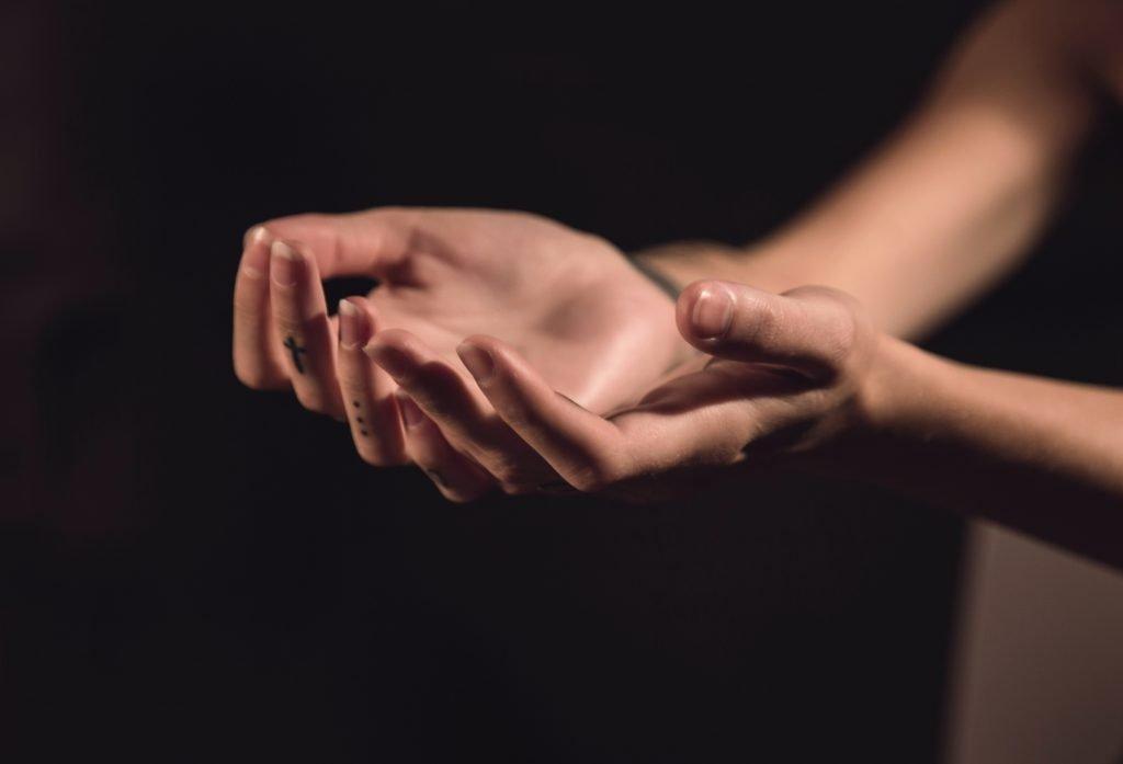 mental health and endometriosis - mindfulness exercises - themamadaze.com